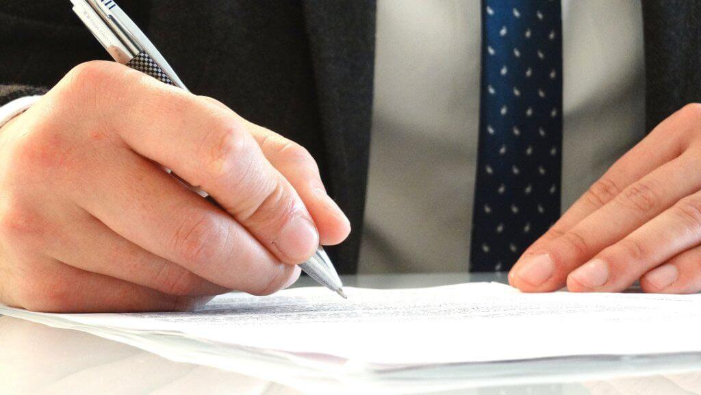 Чем может помочь адвокат по уголовным делам ?
